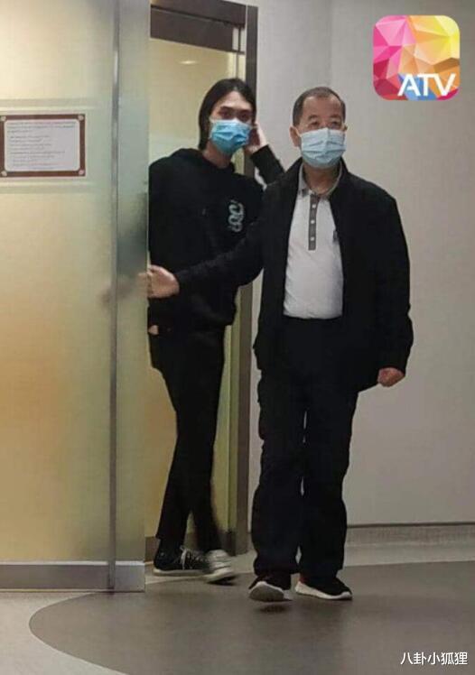 吳孟達前任及現任太太攜子女齊聚醫院送別至親,病房內景曝光惹眾怒-圖5