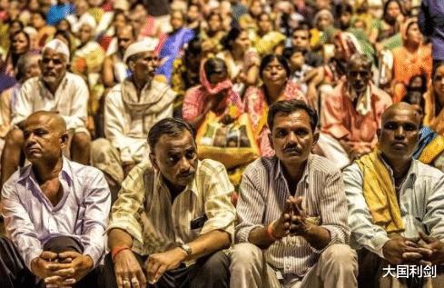 趕緊跑!印度突然面臨超級病菌侵害,40人失明,多國開始緊急撤僑-圖4