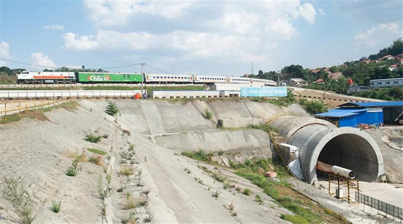 中國高鐵走出國門的第一單!造價51億美元,意義重大-圖3