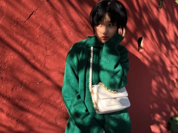 張子楓為何敢素顏錄節目,看到她每晚必喝的東西,貧窮限制瞭想象-圖6