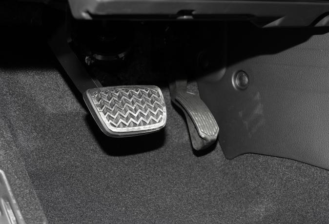 詳解21款豐田漢蘭達四驅版:加速、剎車、油耗實測報告-圖5