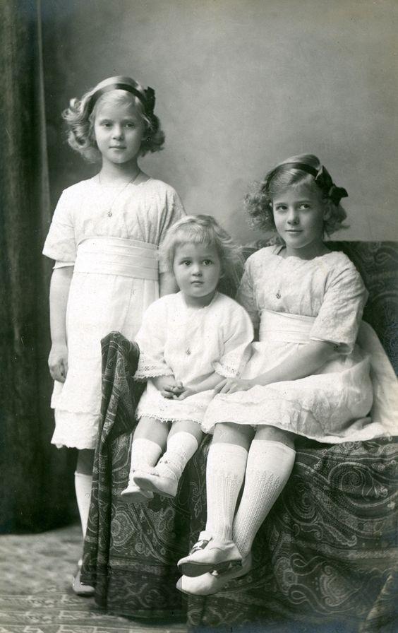 菲利普親王的4個漂亮姐姐,1年內被父親打包嫁去德國,命運各不同-圖4