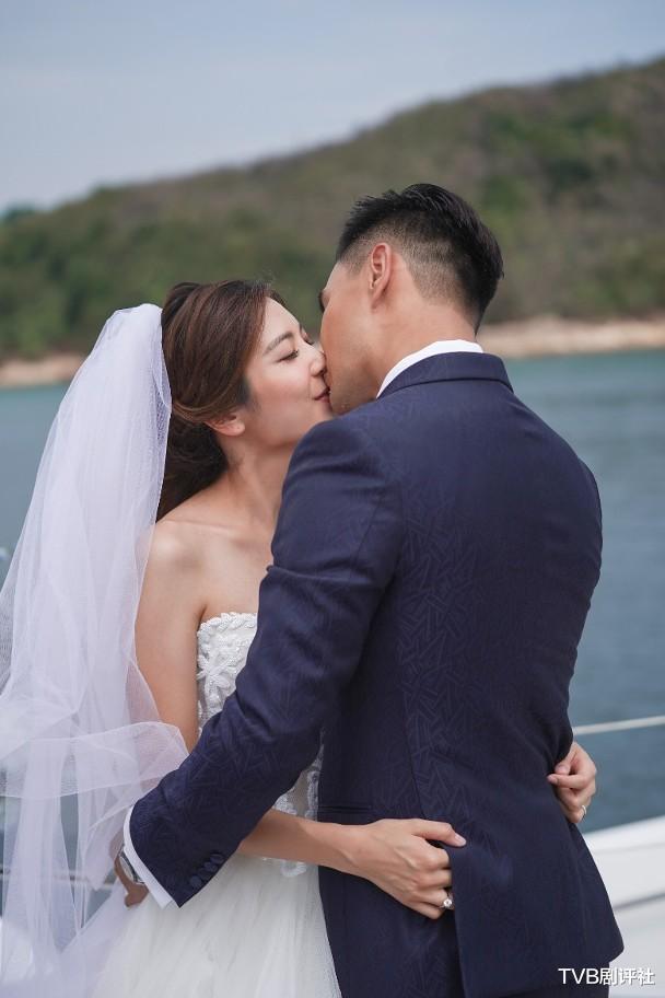 三料視帝陳展鵬,為何突然不被TVB力捧瞭-圖9