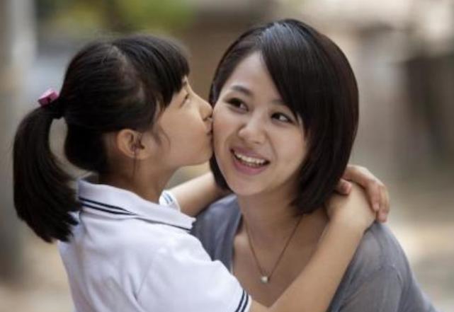 """楊紫錄制《向往5》,何炅叫""""親愛的""""顯親近,張子楓稱呼顯情商-圖5"""