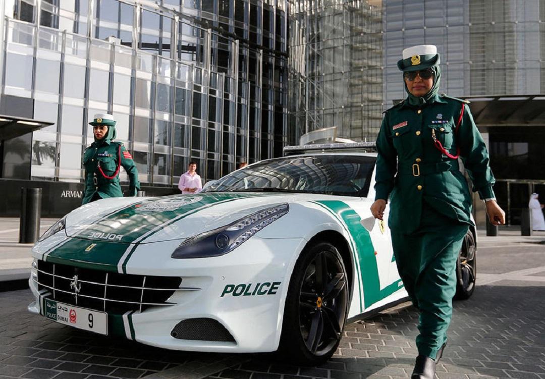 同樣是警服,美國和韓國的都忍瞭,看到迪拜:厲害瞭老弟-圖9