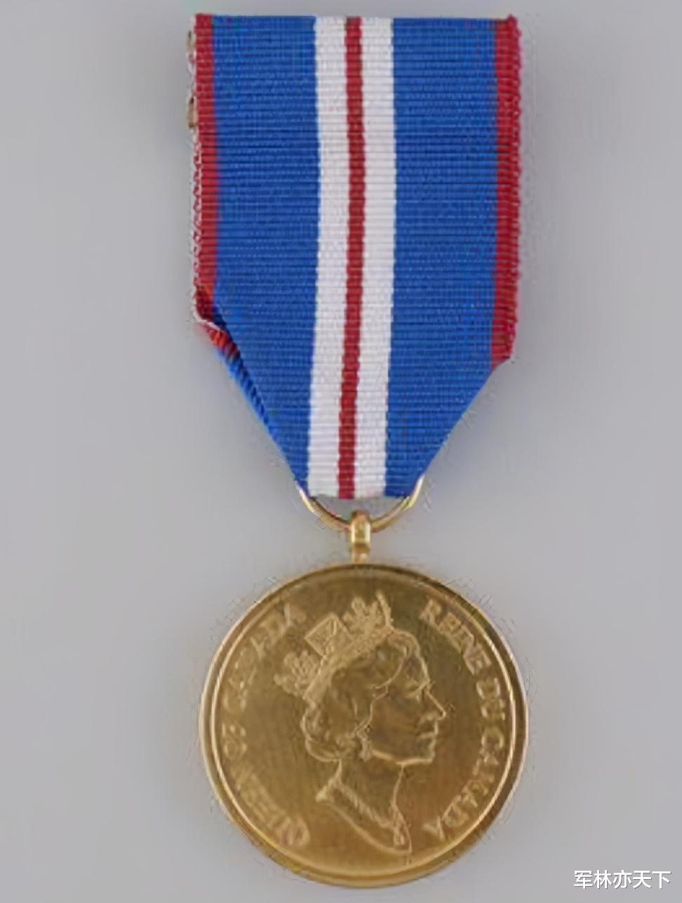 韋塞克斯伯爵夫人,英國女王的小兒媳,空軍準將,擔任7個軍職-圖6