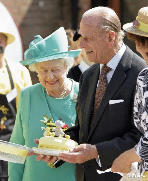 菲利普親王給丈母娘當拐杖,是好女婿,卻有30多個情人不是好丈夫-圖5