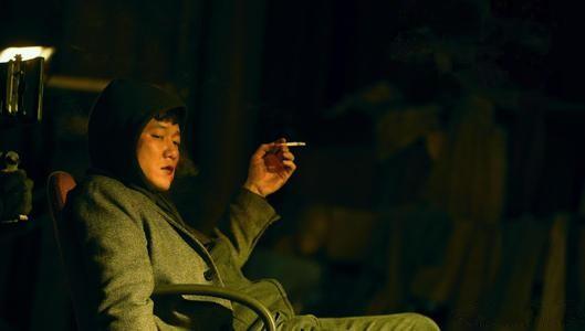 上座率狂甩《唐探3》,場均24人觀影,這部大片撕開了誰的遮羞布?