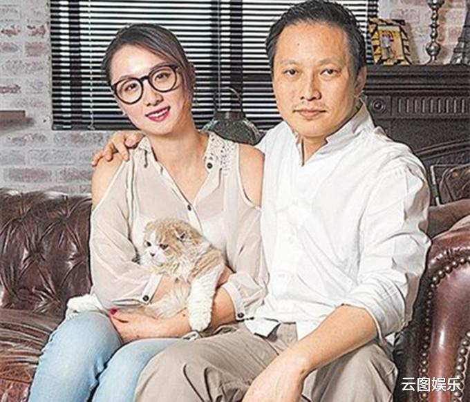 51歲錢人豪宣佈離婚!與小13歲嬌妻結束10年情,分手後仍住在一起-圖5