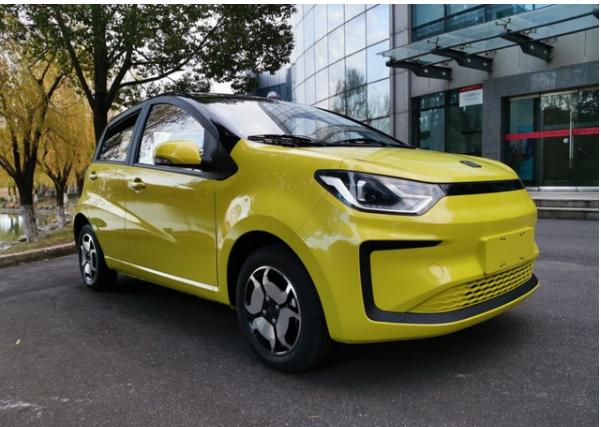 江淮推出3.99萬的SUV,價格比宏光mini便宜,空間夠大-圖2